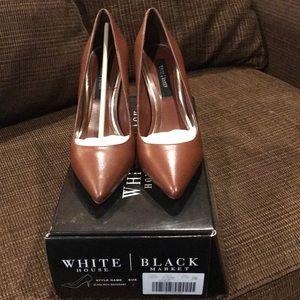 White House Black Market WHBM Olivia Pump Size 7